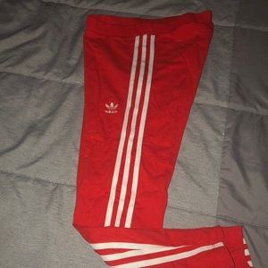 Adidas V-Day Active Red 3 stripe leggings